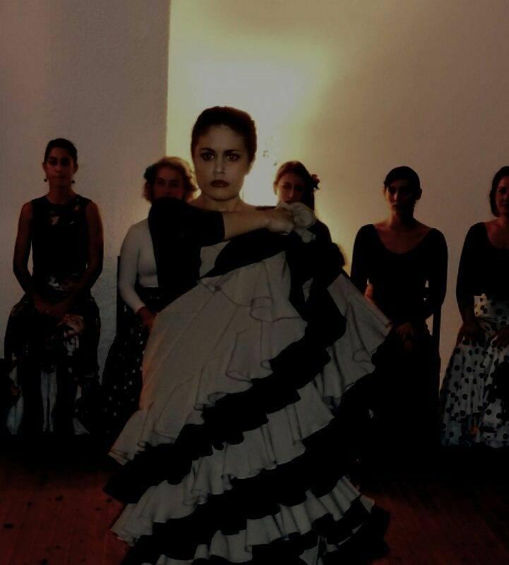 Eva Katsioti - flamenco teacher 5